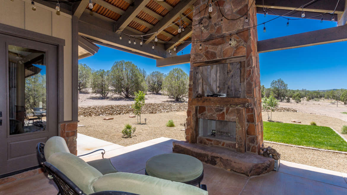 Rustic Charm – Ranch Style Home